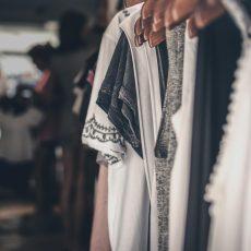 Kleidertausch für Frauen